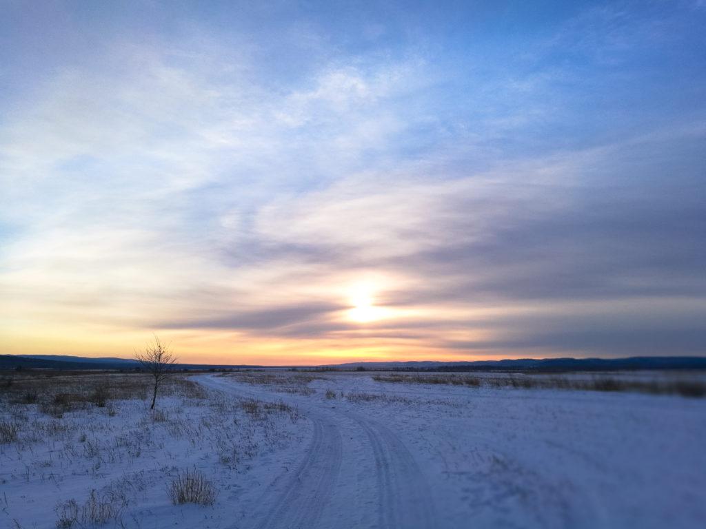 Закат в полях за селом Бургень зимой